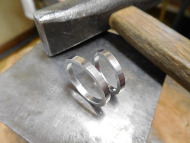 結婚指輪 華奢 プラチナ