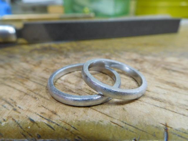結婚指輪 プラチナ 華奢