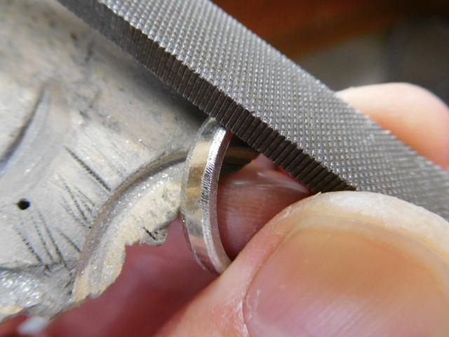 プラチナリング 甲丸の削り方