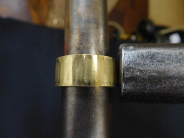 金の指輪 幅広