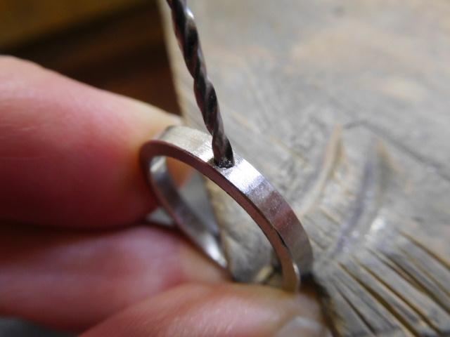 指輪 石留め