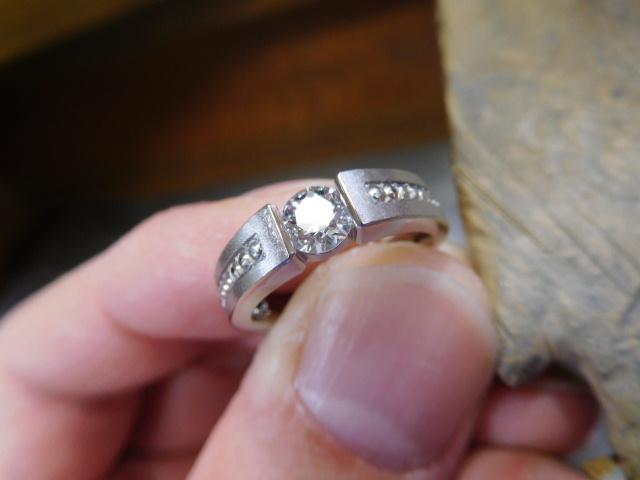 婚約指輪 ミルグレイン