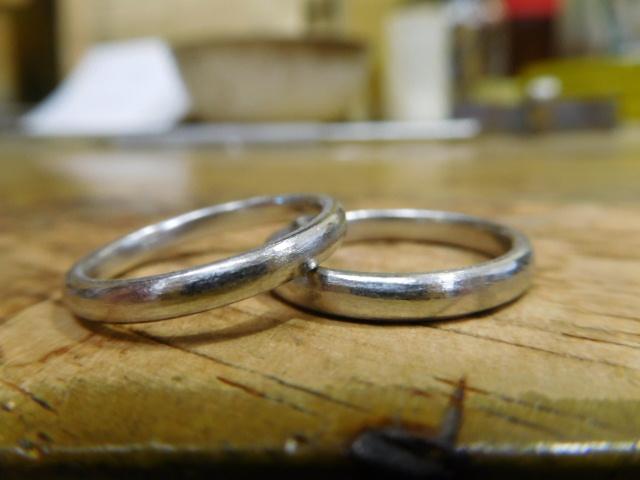 丸い結婚指輪