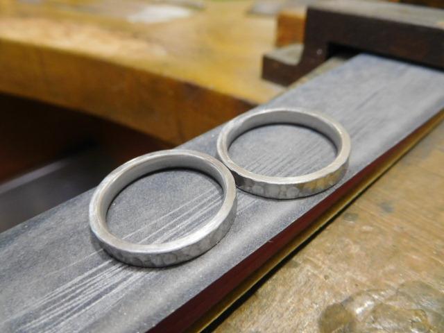 結婚指輪 キズの消し方