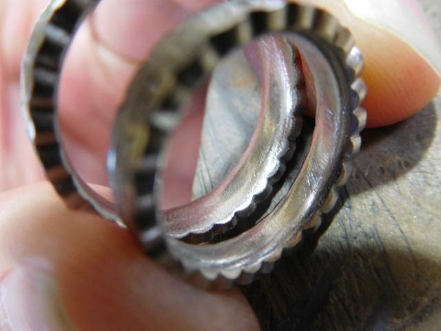 結婚指輪 内甲丸