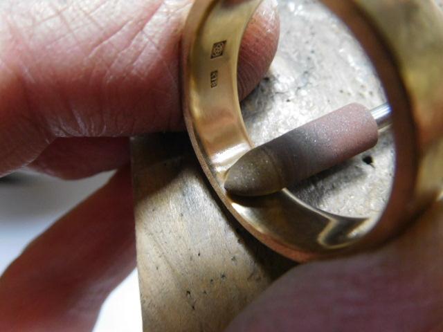 金の指輪 磨く