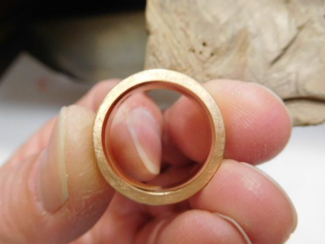 k18指輪 横を艶消し