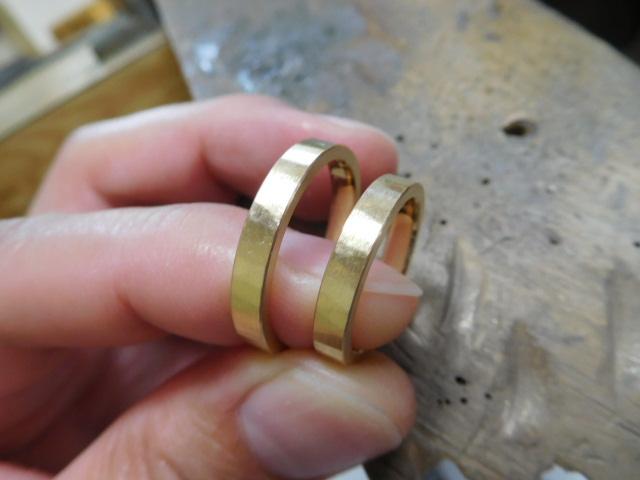 20金の結婚指輪 艶消し