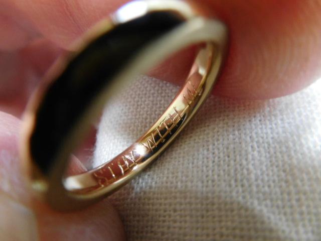 指輪に刻印
