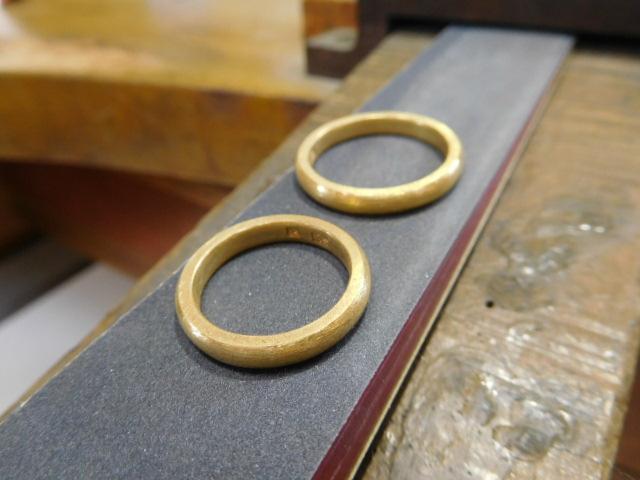 結婚指輪 純金 傷消し