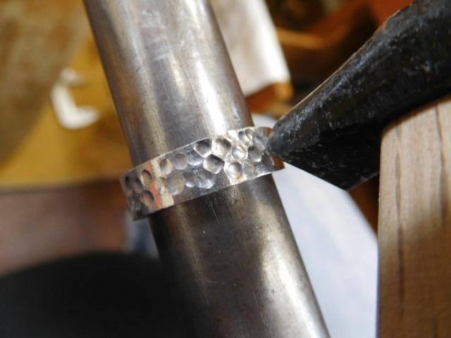 ハンマーテクスチャー 指輪