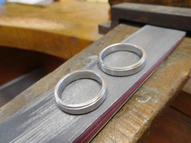 金属アレルギー対応 結婚指輪