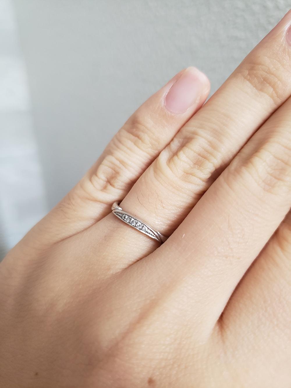 婚約指輪 重ね付け