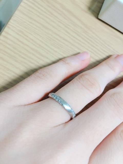 結婚指輪 メレダイヤ