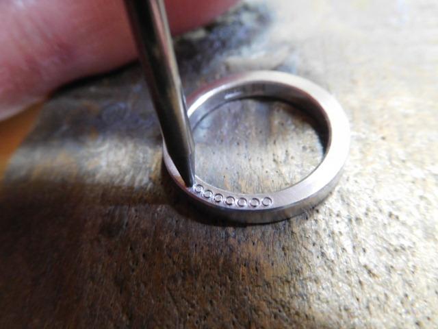 指輪 ミル打ち