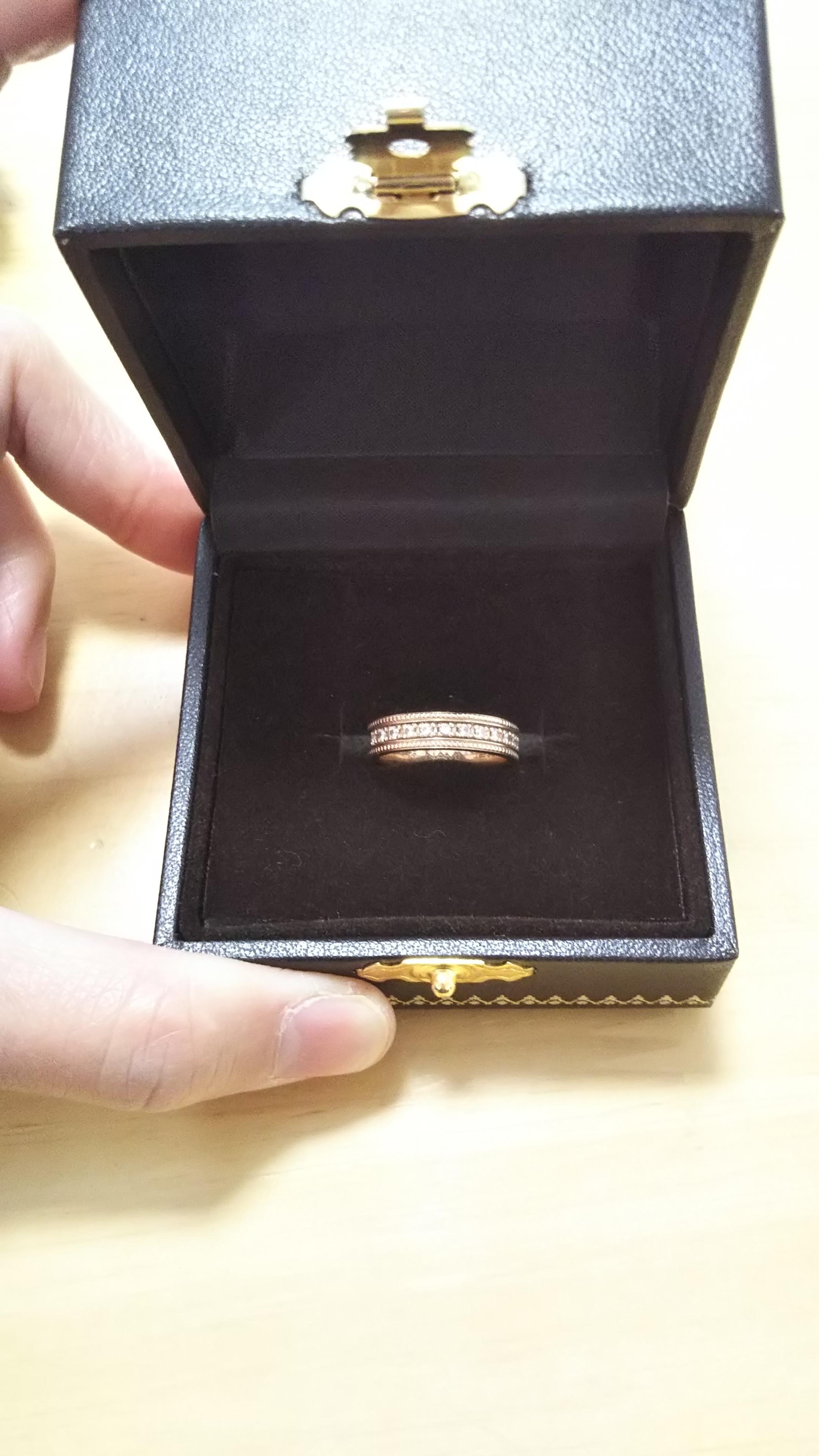 婚約指輪 派手