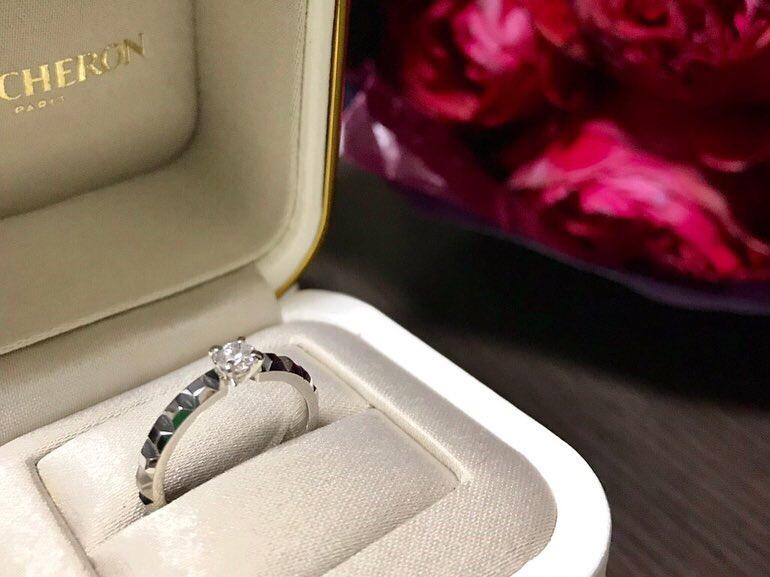 婚約指輪 ブシュロン