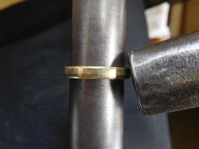 鍛造 指輪 ゴールド