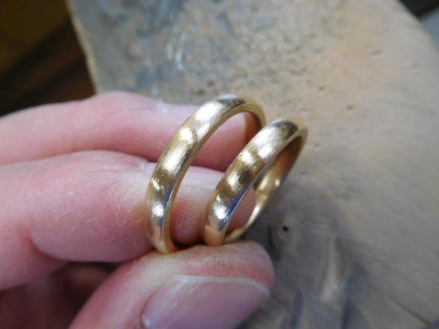結婚指輪 ゴールド 甲丸