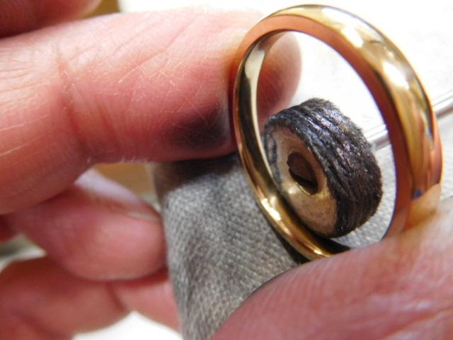 ゴールド 指輪 鏡面