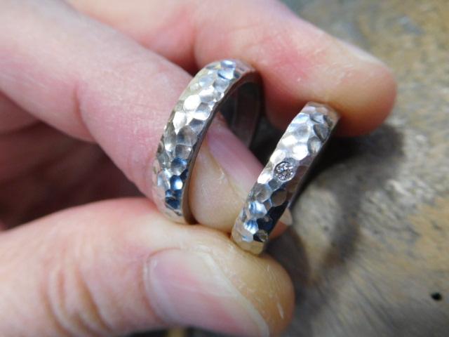 結婚指輪 槌目