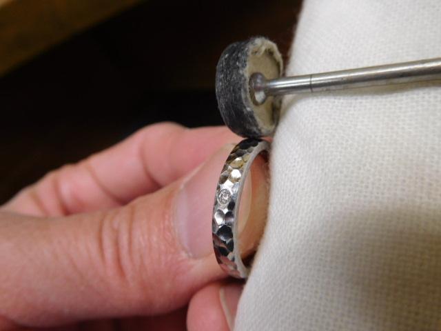 普段使い 指輪 光沢