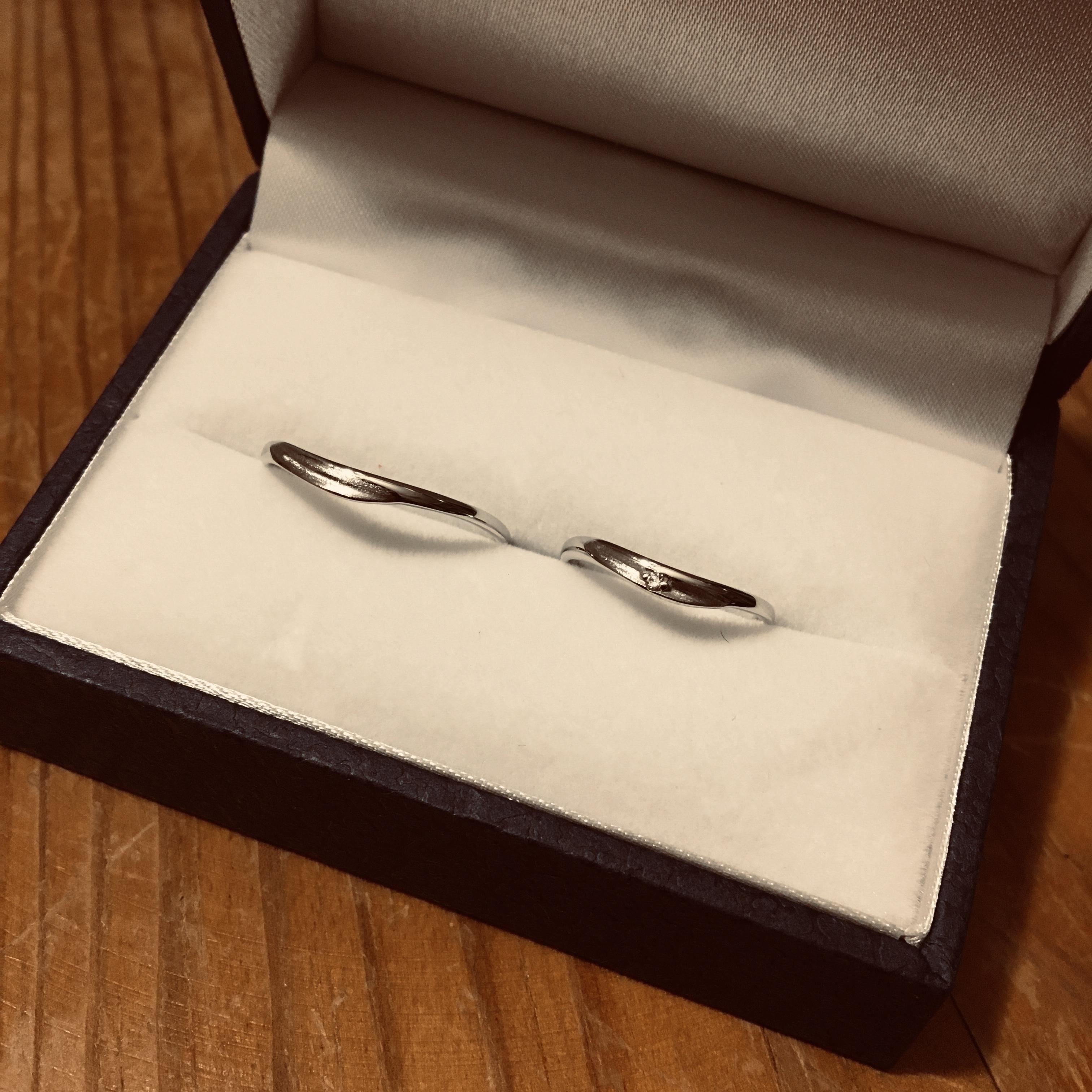 結婚指輪 プラチナ カーブ
