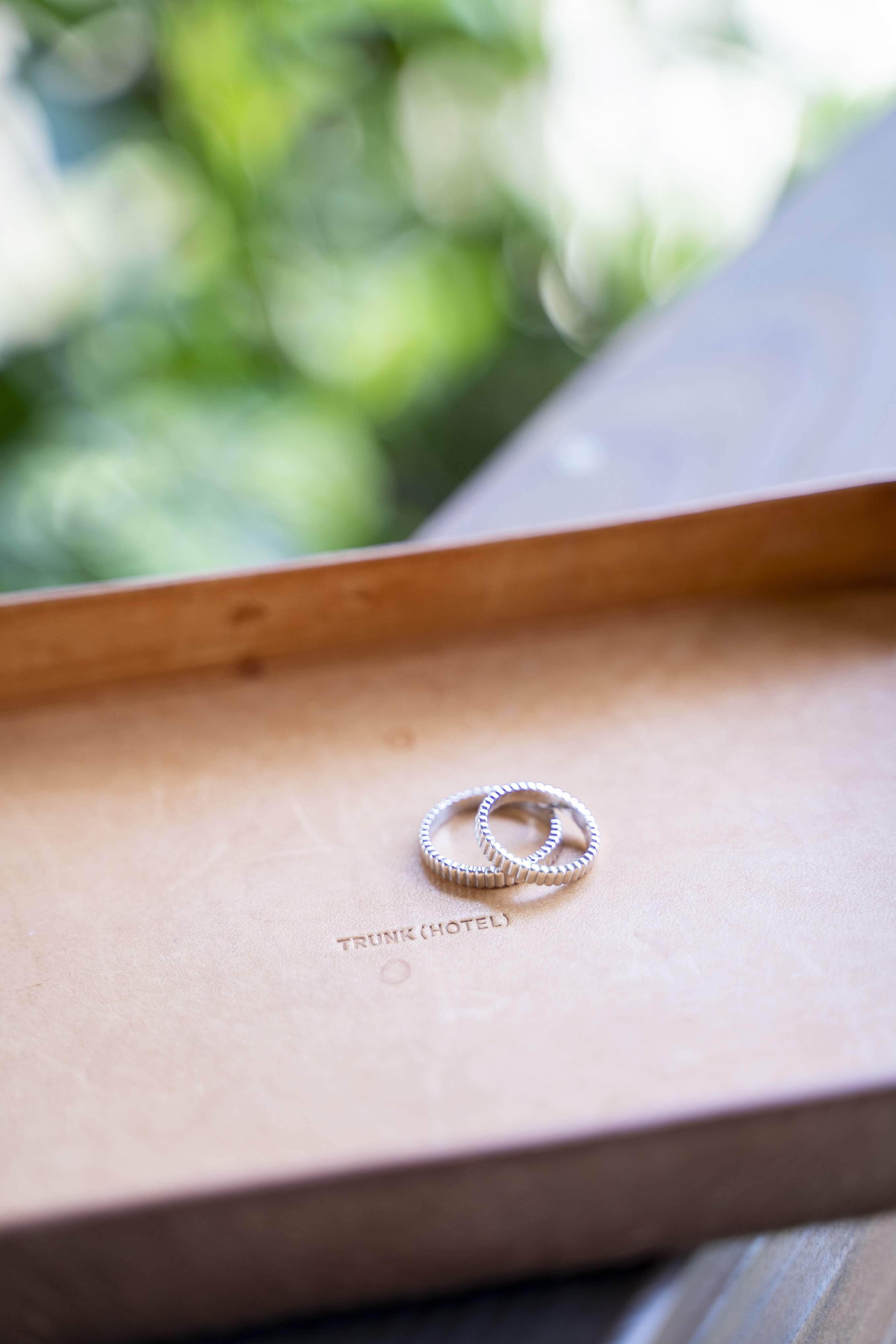 個性的な結婚指輪