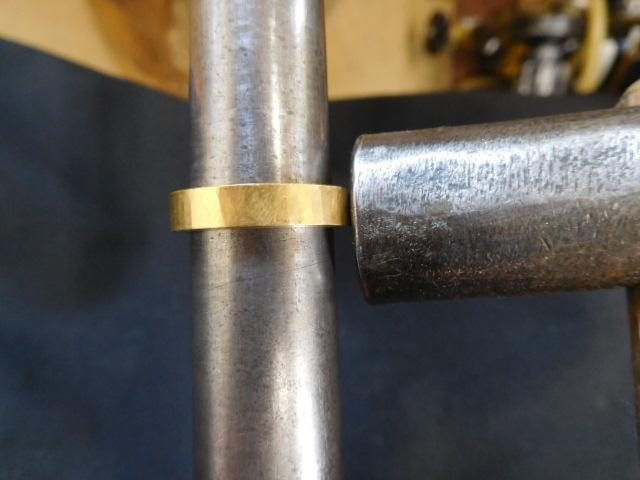 24金 指輪 槌目