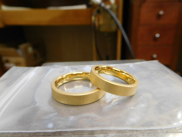 結婚指輪 24金 ブランド