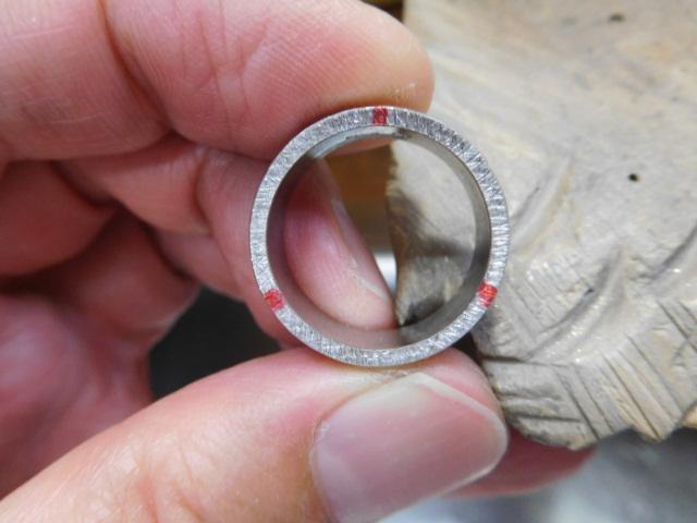 鍛造 プラチナ 指輪
