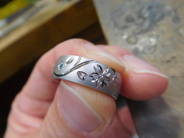 指輪 和彫り