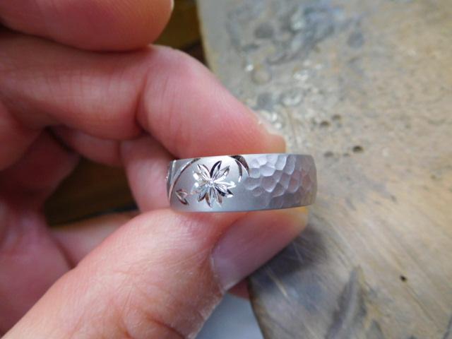 和彫り 指輪