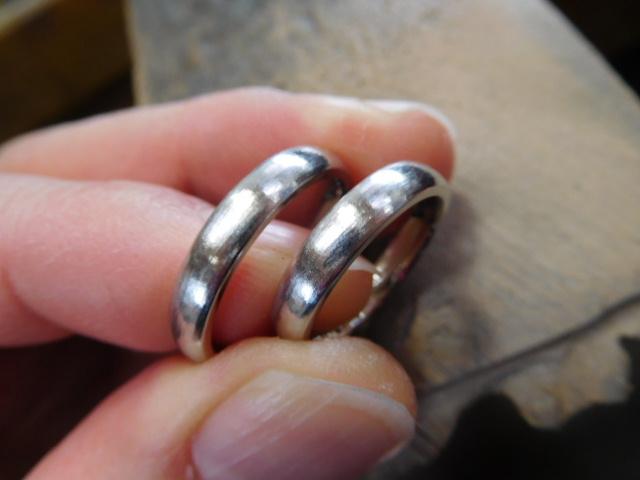 結婚指輪 荒仕上げ
