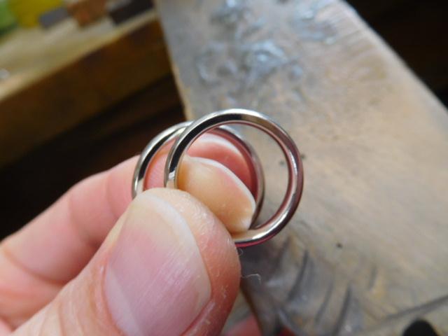 ヘアライン 結婚指輪