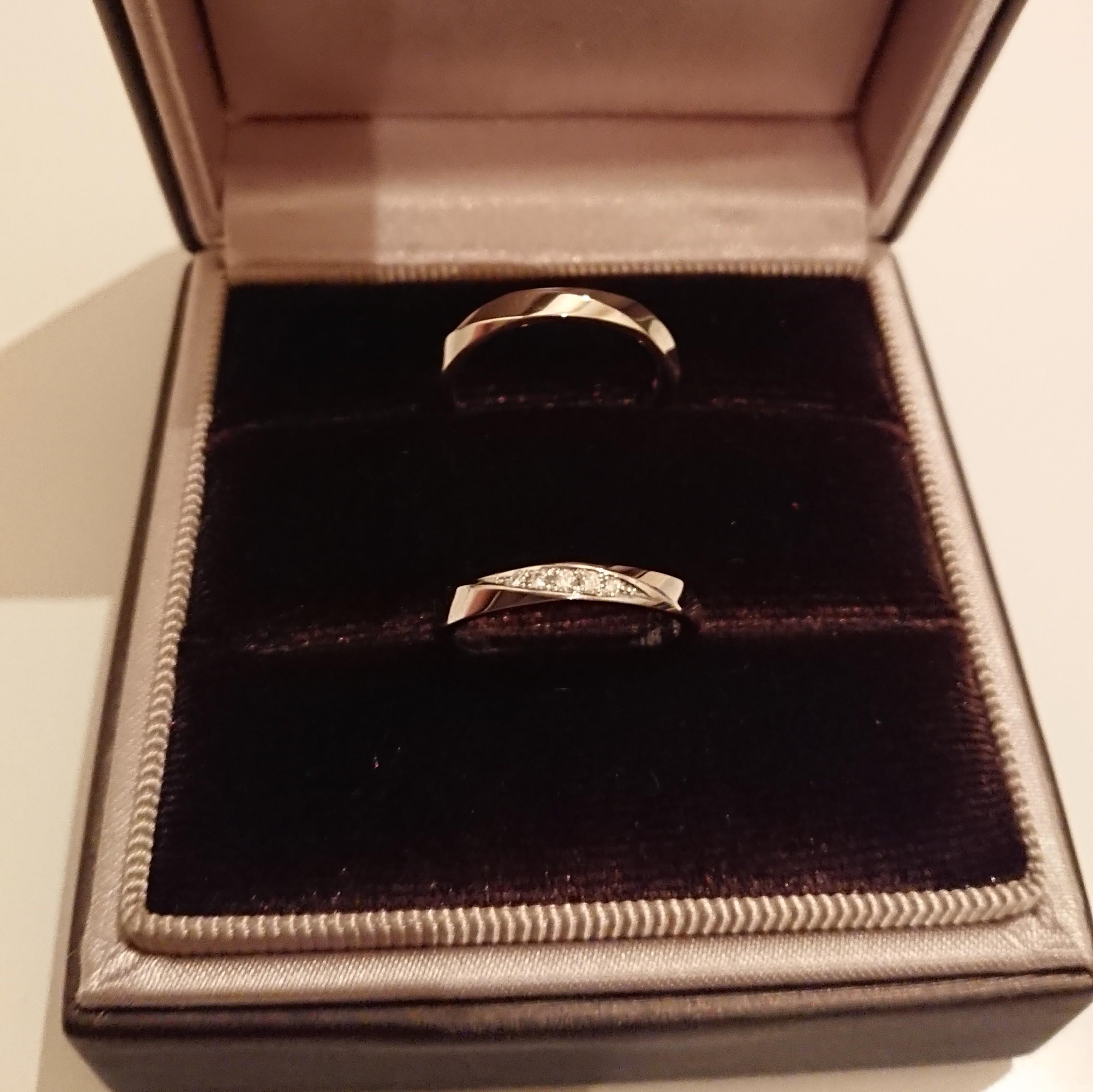 結婚指輪 ダイヤが付いている