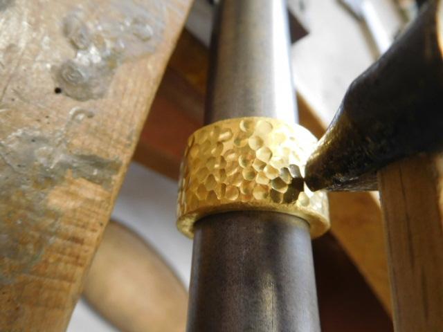 純金 幅広 指輪