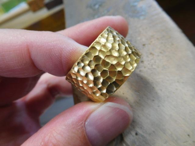 純金 幅広い 指輪