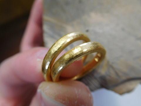 結婚指輪 純金